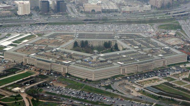 Économie : Amazon fait suspendre le mégacontrat du Pentagone donné à Microsoft |