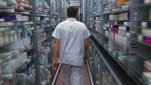 Économie : Le coronavirus pourrait aggraver la pénurie des médicaments en Suisse •