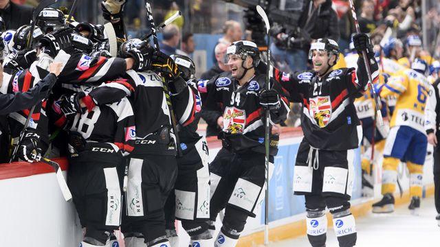 Remis des émotions de la Coupe de Suisse, les joueurs du HC Ajoie devront se méfier de La Chaux-de-Fonds. [Laurent Gilliéron - Keystone]