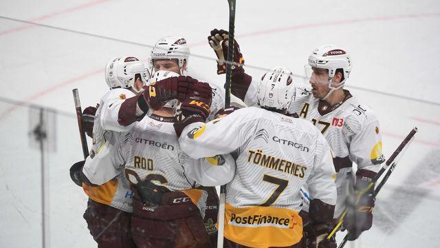 La joie des Genevois, vainqueurs à Lugano et qualifiés pour les playoffs. [Davide Agosta - Keystone]