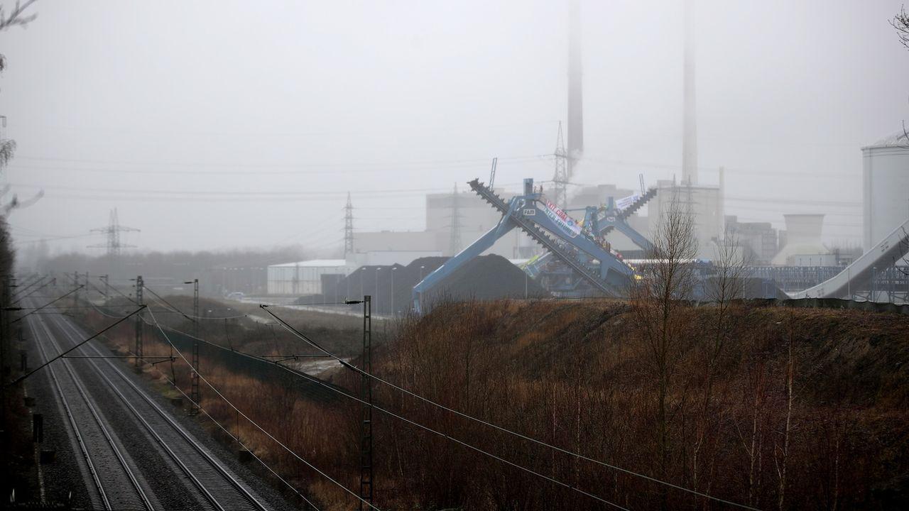 Une centrale à charbon allemande à Datteln. [Friedemann Vogel - Keystone/EPA]