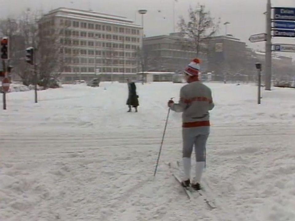 Il a beaucoup, beaucoup neigé ce 16 février 1985. [TSR 1985]
