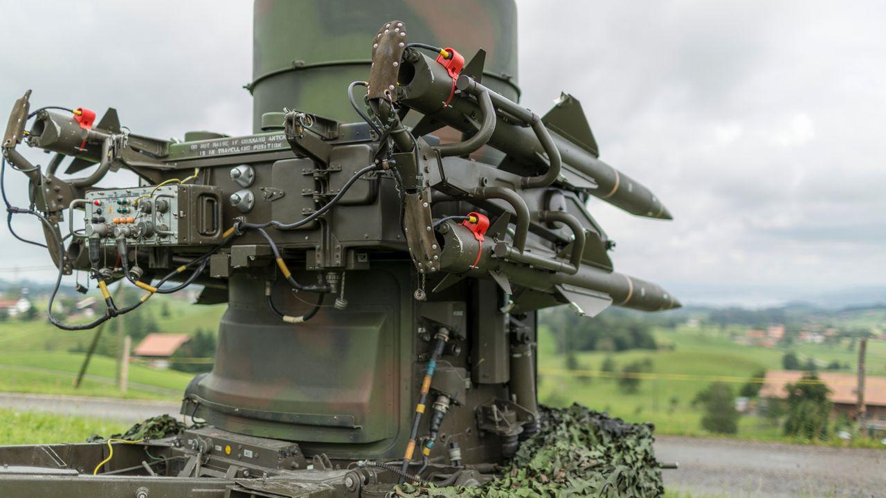 Les crédits futurs pour l'armée doivent notamment servir à améliorer le système de défense sol-air. [Gaëtan Bally - Keystone]