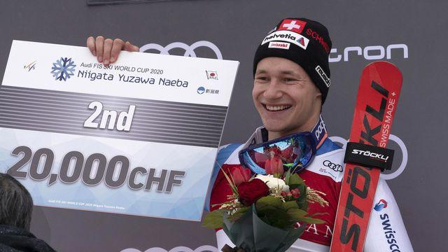 Marco Odermatt décroche la deuxième place au slalom géant de Naeba. [Kimimasa Mayama - EPA/Keystone]