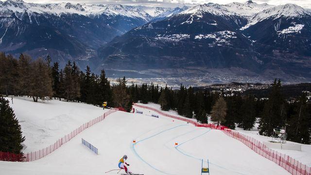 Brignone et Vlhova devant après la première manche, les Suissesses se classent plus loin. [Jean-Christophe Bott - Keystone ]