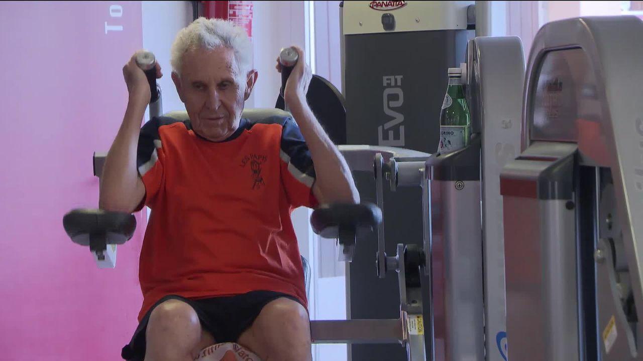 Les seniors au fitness [RTS]