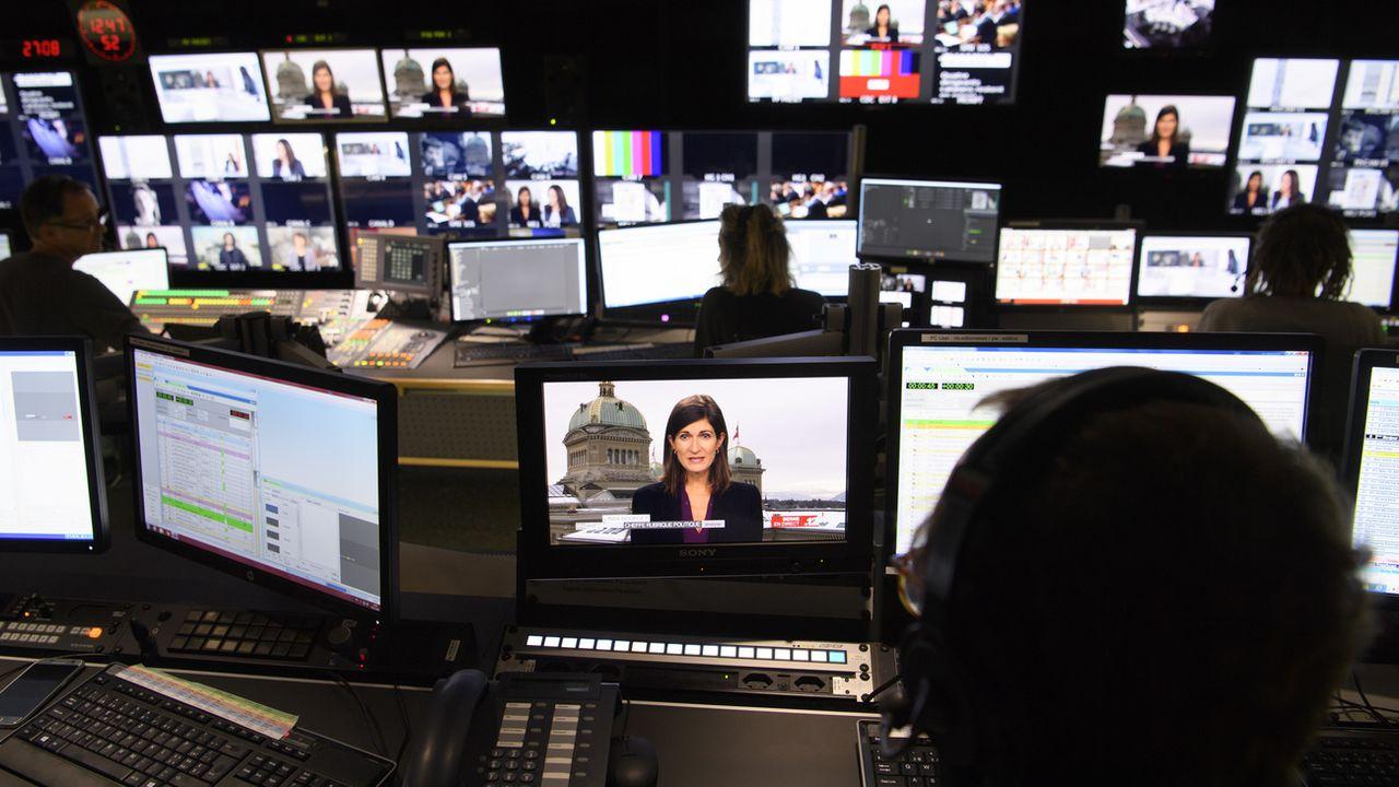 La régie du journal télévisée de la RTS à Genève. [Laurent Gillieron - Keystone]