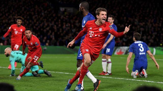 Mueller et le Bayern peuvent planifier les quarts de finale. [Andy Rain - Keystone]