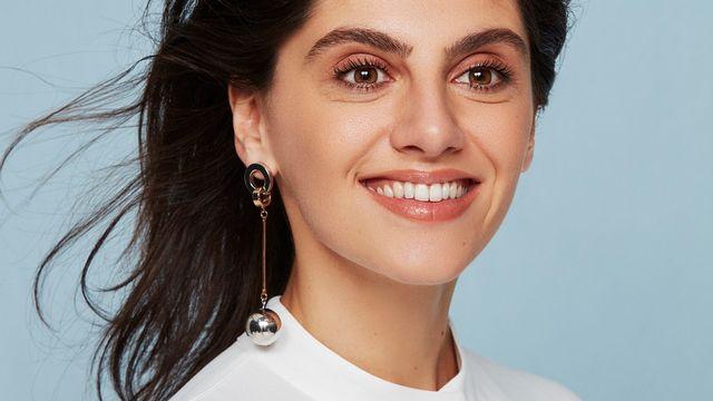 L'humoriste et chroniqueuse radio suisse Marina Rollman. [Charlotte Abramow - OlympiaProd]