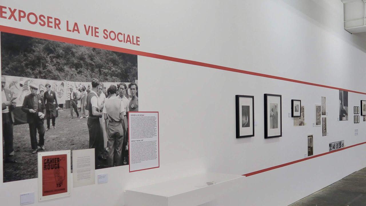 Photographie, arme de classe: l'exposition conçue au Centre Pompidou et exposée au Centre de la Photographie de Genève. [https://www.centrephotogeneve.ch]