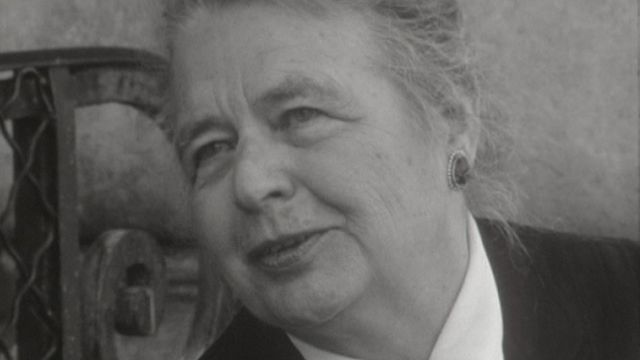 Interview de l'écrivaine Marguerite Yourcenar. [RTS]