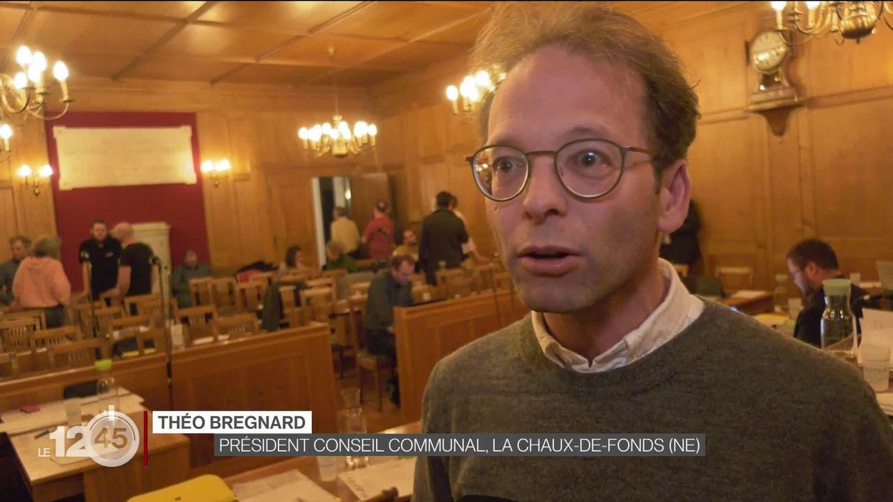 La Chaux-de-Fonds: le Conseil communal propose la création d'un organe de contrôle de la communication après une polémique. [RTS]