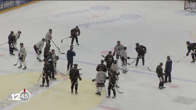 Les mesures pour lutter contre le coronavirus ont des effets sur les play-offs de hockey. Ils sont reportés de 15 jours. [RTS]