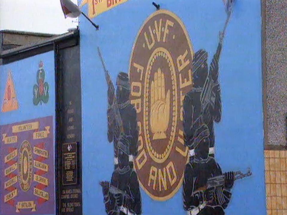 Propagande de la Force volontaire d'Ulster, une milice unioniste irlandaise. [RTS]