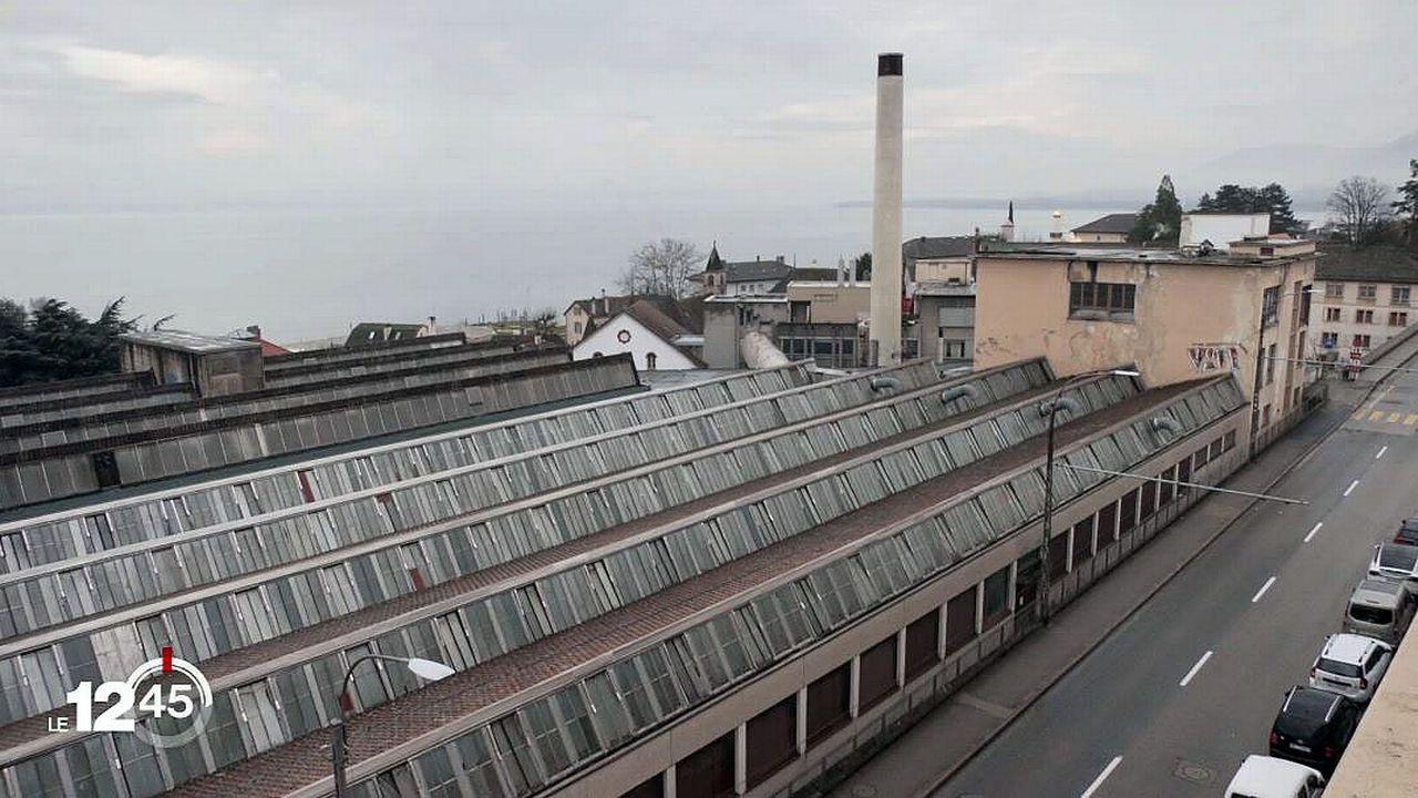 Les usines Suchard, à Serrières, ont longtemps fabriqué les célèbres Sugus. [RTS]