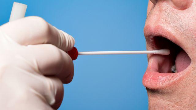 Alzheimer pourrait être décelable dans la salive. fotoquique Depositphotos [fotoquique - Depositphotos]