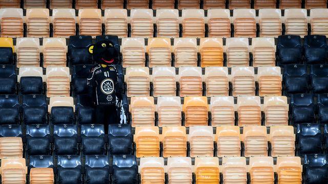 Activités sportives interdites! Pas de sport pour le HC Lugano ni pour Ambri-Piotta et les autres clubs tessinois. [Samuel Golay - Keystone]