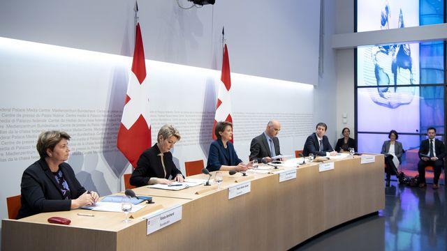 La conférence de presse du 16 mars 2020 sur l'état d'urgence déclaré en Suisse. [Anthony Anex - EPA/Keystone]