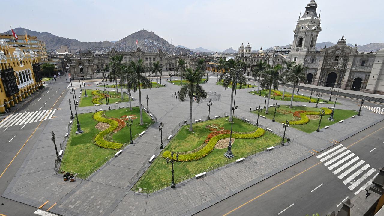 La Plaza de Armas, au centre de Lima, dans un Pérou en quarantaine. [Cris Bouroncle - AFP]