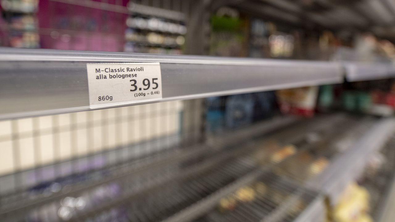 Si certains étals de supermarchés sont vides, ce n'est que momentanément... [Urs Füeler - Keystone]