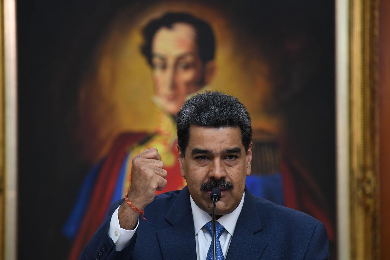 Nicolas Maduro lors d'une conférence de presse dans son palais présidentiel à Caracas