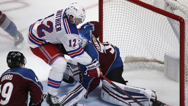 Des playoffs en août? C'est une idée pour les joueurs de NHL... [David Zalubowski - AP]