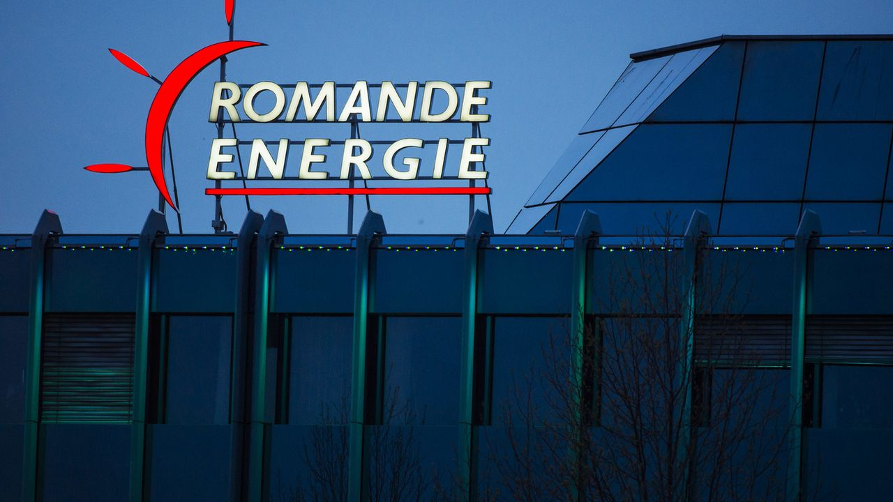 Le bénéfice de Romande Energie a chuté en raison de la contre-performance d'Alpiq. [Jean-Christophe Bott - KEYSTONE]