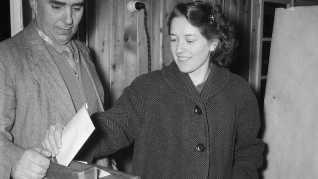 Il y a 50 ans, les Valaisannes obtenaient le droit de vote au niveau cantonal [Keystone]