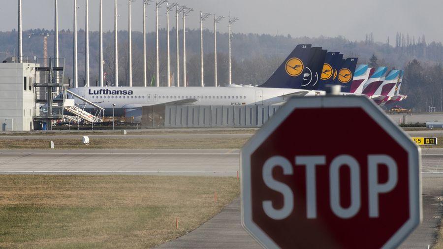 """Le groupe Lufthansa perd """"un million d'euros par heure"""""""