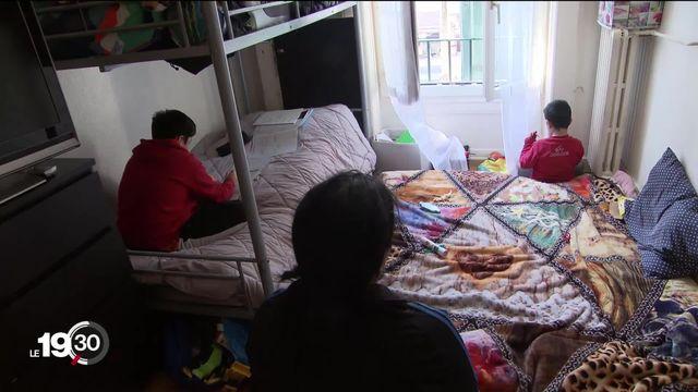 Le confinement devient un véritable calvaire pour ceux qui vivent dans des appartements très exigus. [RTS]