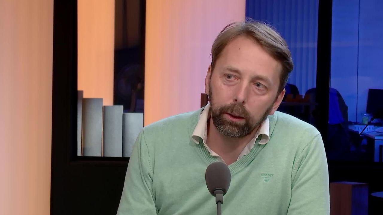 Interview de Robert Sandoz, metteur en scène et comédien neuchâtelois. [RTS]