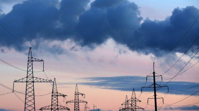 Les prix de l'électricité sont passés en dessous de zéro lors d'avril 2020 en Suisse. [Tatyana Zenkovich - Keystone/EPA]