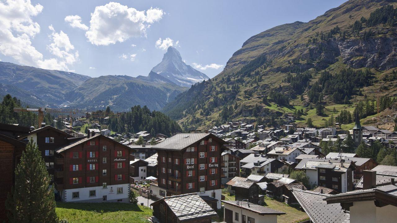 Le village de Zermatt et le Cervin en arrière-plan. [Alessandro Della Bella - Keystone]