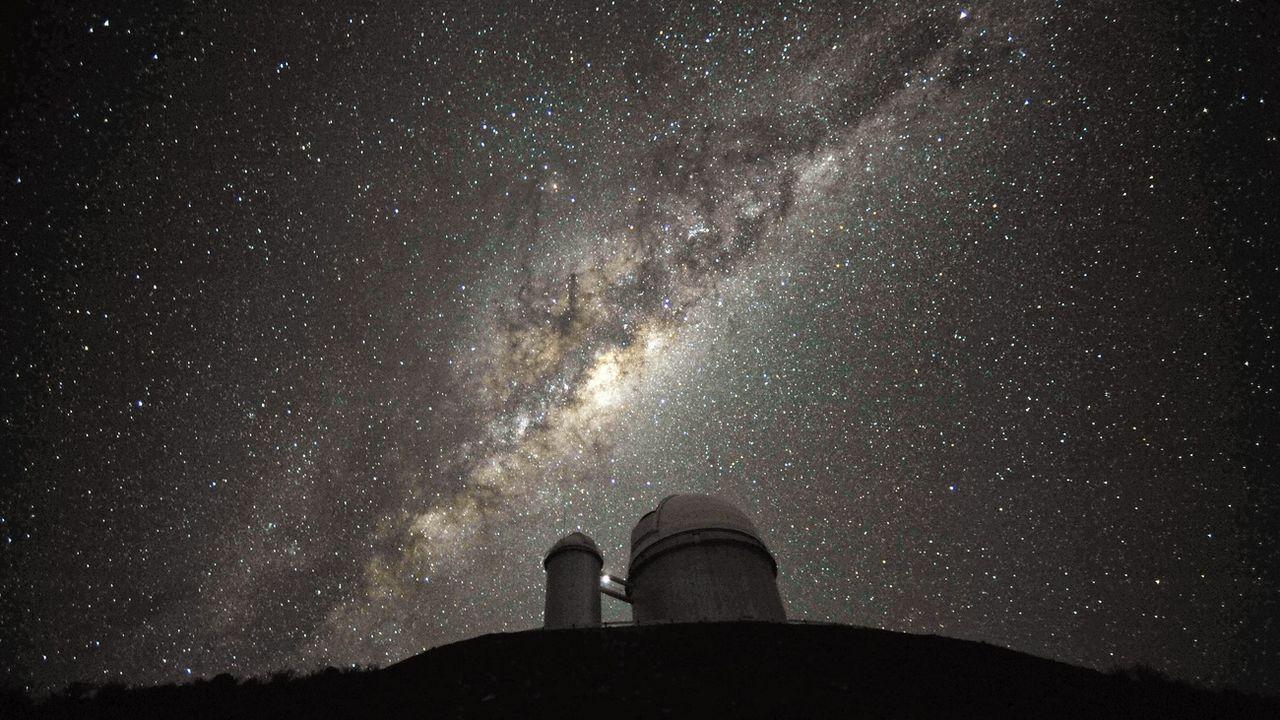Le trou noir a été détecté par l'intermédiaire de l'un des télescopes de l'observatoire de La Silla, au Chili (photo) [Serge Brunier/ESO - Keystone]