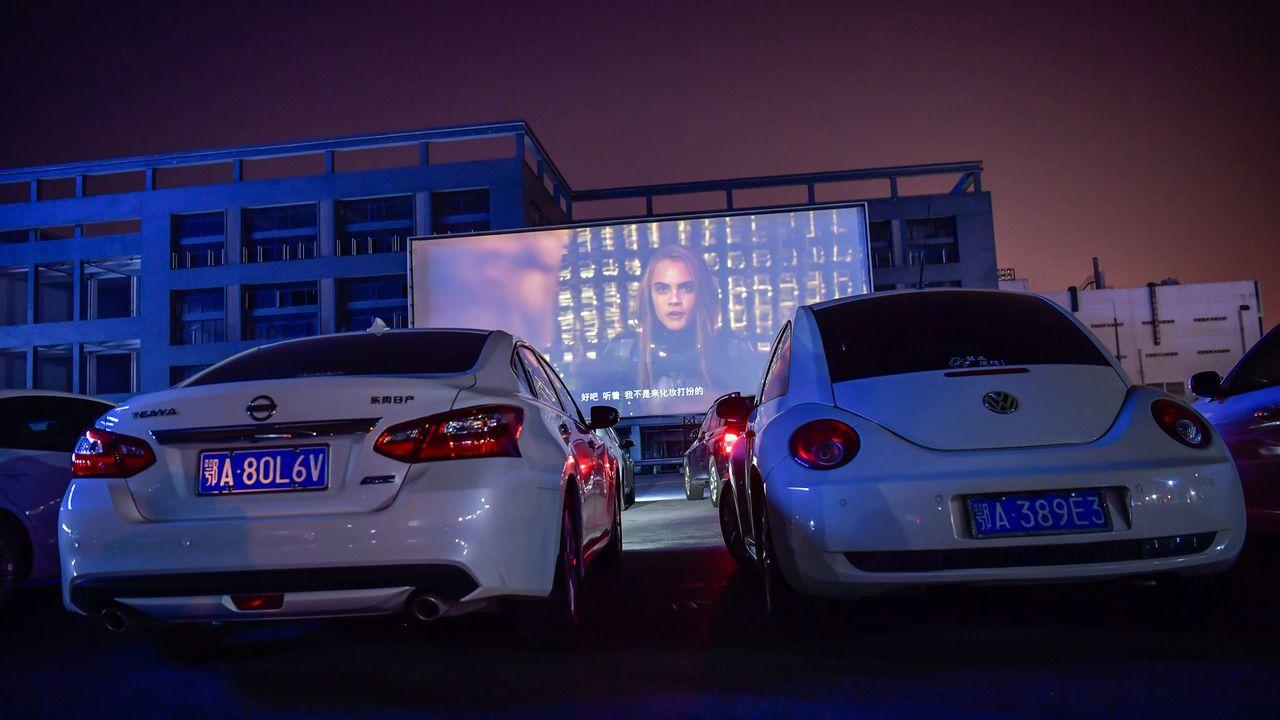 Le cinéma drive-in, une manière de regarder des films en toute sécurité durant la crise du coronavirus. (photo prétexte prise en Chine). [Stringer / Anadolu Agency - STRINGER / ANADOLU AGENCY/AFP]