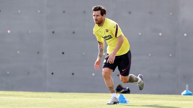 Lionel Messi et ses coéquipiers sont de retour à l'entraînement. [Miguel Ruiz  - Keystone]