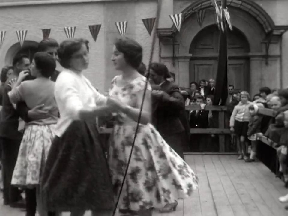 Dansons... [RTS]