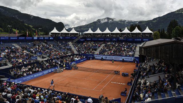 Il n'y aura pas de tennis dans la station de l'Oberland bernois cet été. [Keystone]