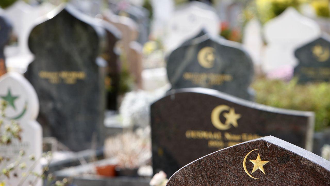 Un carré musulman dans un cimetière du Val de Marne. [Pascal Deloche - AFP]