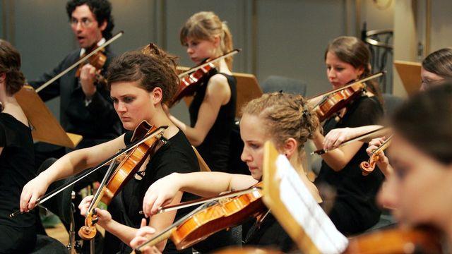 Musiciens de l'Orchestre Symphonique Suisse des Jeunes en 2006. PHOTOPRESS/Marcel Bieri Keystone [PHOTOPRESS/Marcel Bieri - Keystone]
