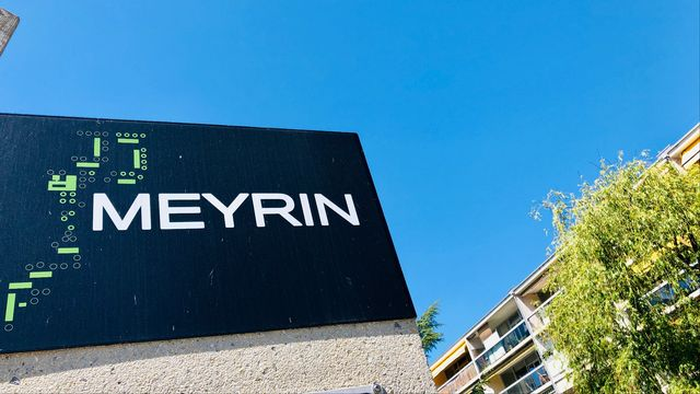 Sur les pas à Meyrin [Karine Vasarino - RTS]