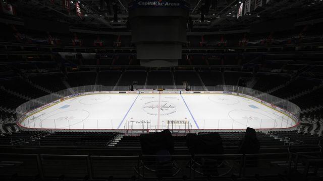 On devrait revoir des joueurs sur la glace au mois de juin. [Nick Wass - Keystone]