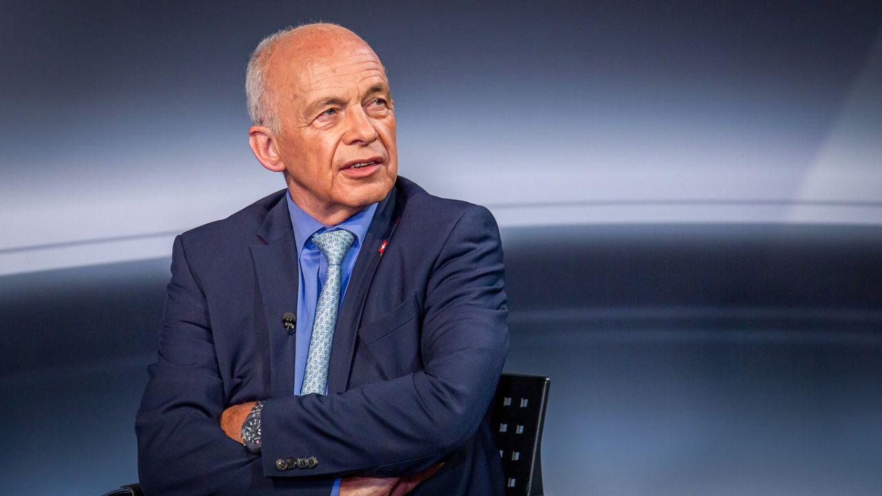 """Selon Ueli Maurer, la situation en Europe est """"dangereuse pour la Suisse"""" [Laurent Bleuze - RTS]"""