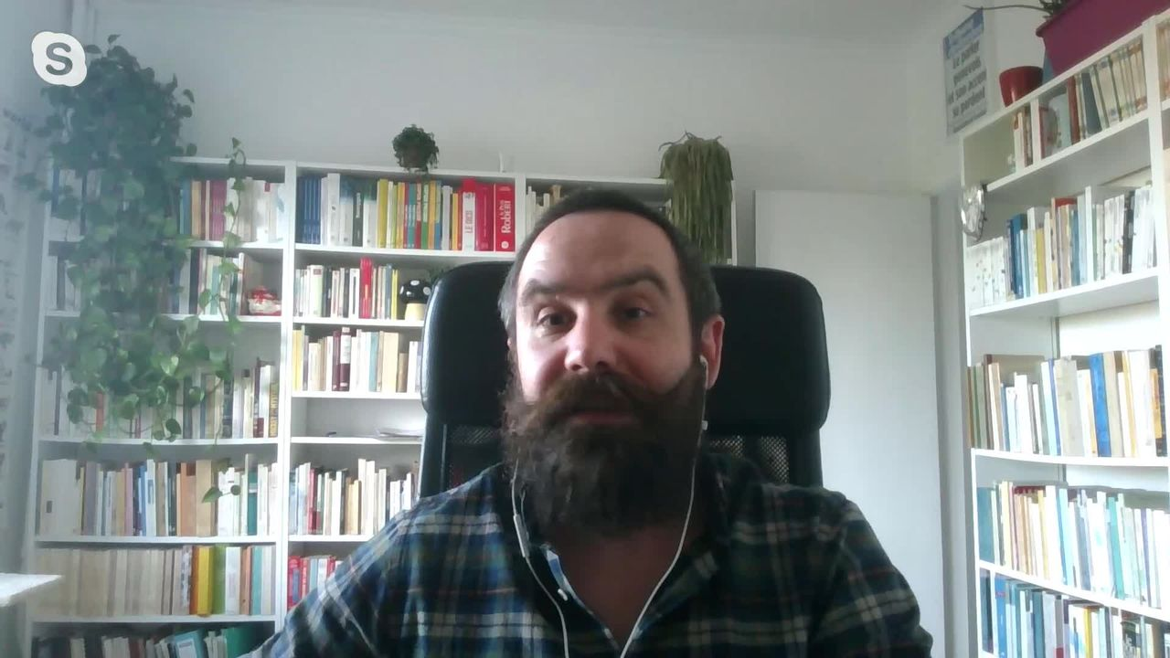 Deux mots de français romands sont rentrés dans le Petit Robert (vidéo) [RTS]