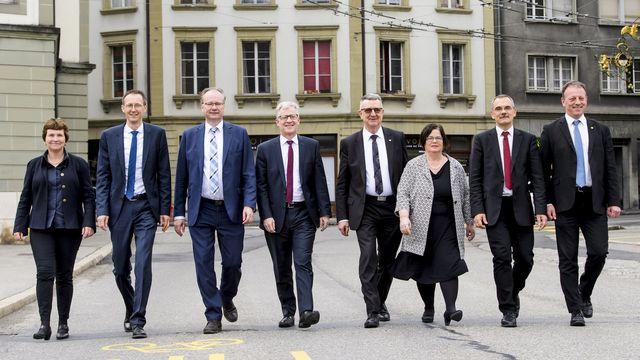 Le Conseil d'Etat fribourgeois photographié après l'élection complémentaire le 17.03.2018. [Jean-Christophe Bott - Keystone]