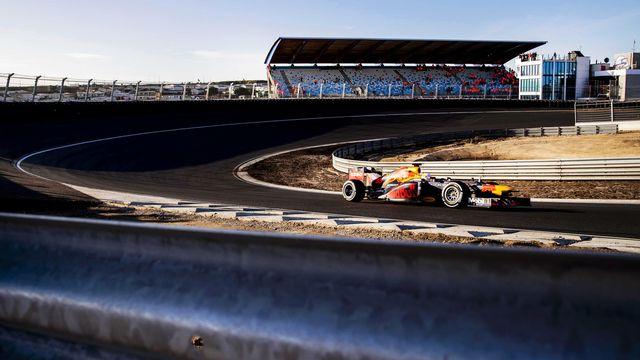 Max Verstappen et ses adversaires pourront à nouveau rouler en compétition. [EMKO DE WAAL - AP]