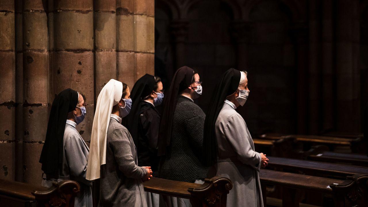 L'absence de messe durant le confinement a permis à certaines femmes d'église de s'émanciper (image d'illustration). [Philipp von Ditfurth - Keystone/DPA]