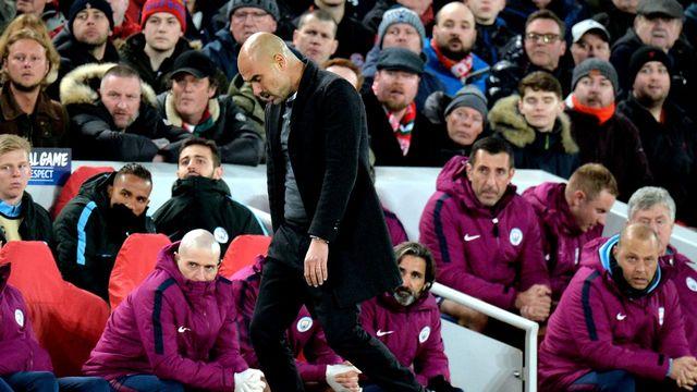 Ce n'est pas (encore?) le soulagement qui se dessine sur le visage de Pep Guardiola. [Peter Powell - AP]