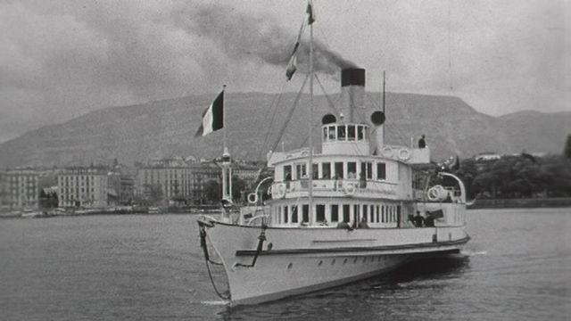 Le Général Dufour, bateau à vapeur de la CGN, en 1954. [RTS]