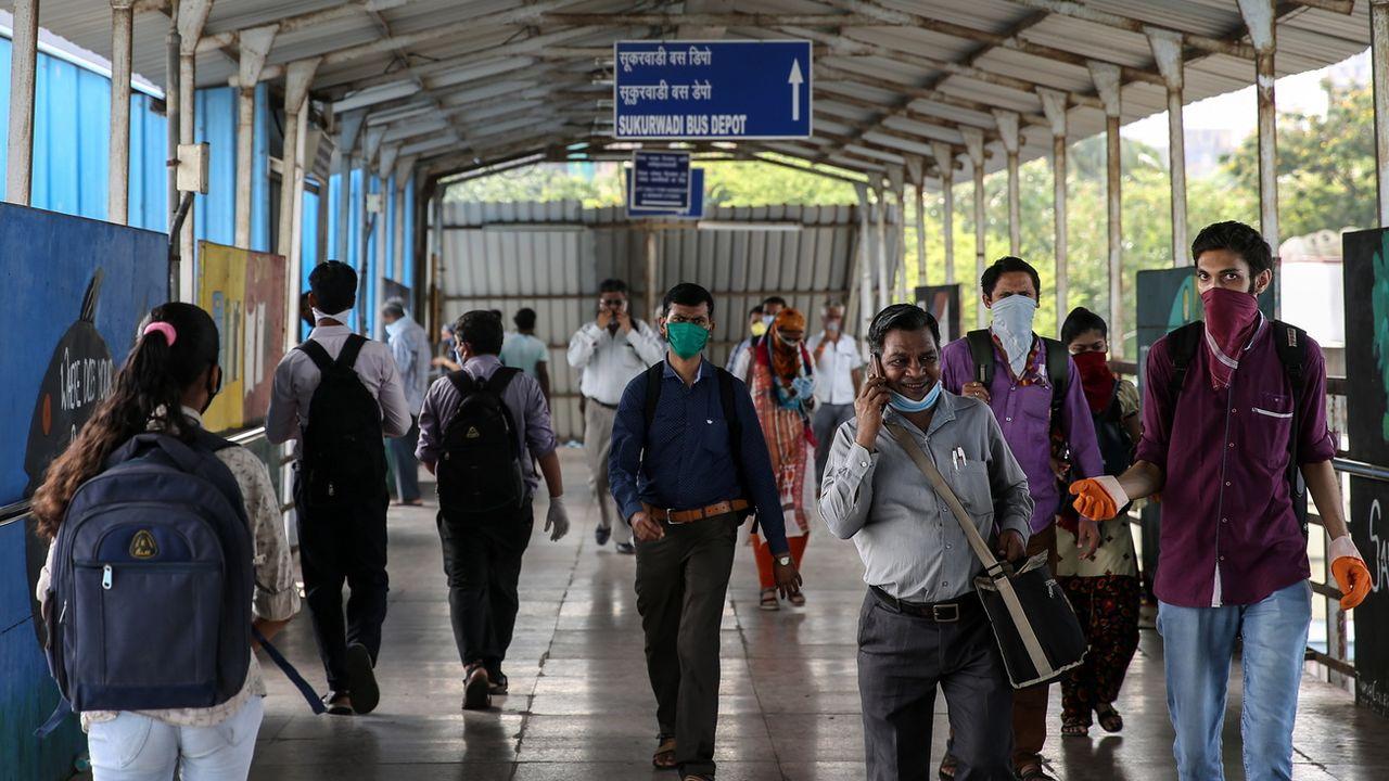 En Inde, l'économie peine à se relancer après la crise du Covid-19. [Divyakant Solanki - EPA/Keystone]